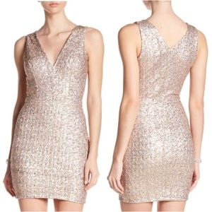 DRESS the POPULATION Gold Silver Metallic Sequin
